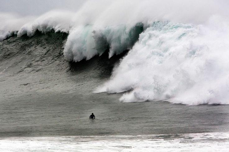 Waimea Bay Surf Forecast, Reports (surfing in Oahu, Hawaii) #surfing #waimeabay #hawaii