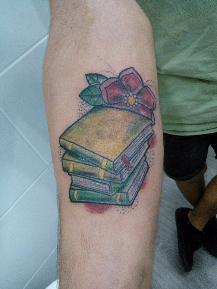 best 25 bookworm tattoo ideas on pinterest reading tattoo book tattoo and tea tattoo. Black Bedroom Furniture Sets. Home Design Ideas