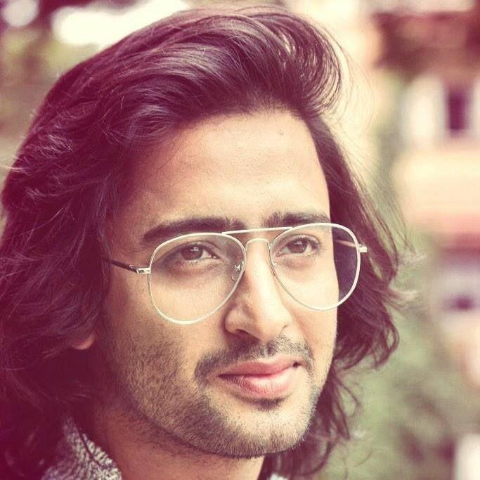 Shaheer Sheikh in Specs
