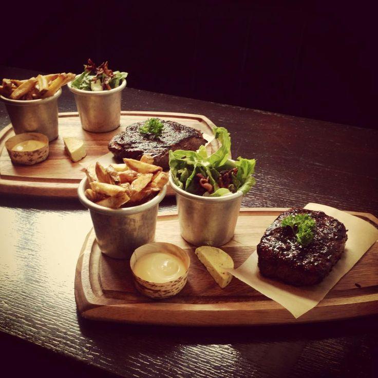 Bar Bistro Tic Tac - lekker eten in trendy ambiance #Denbosch #Food #Lunch #Borrel #Hotspot #Centrum #Rotisserie