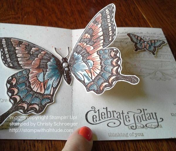 """Schmetterlingkarte mit Falteffekt besticht durch den großen ausgeschnittenen Stempel """"Swallowtail"""" und den kleinen Schmetterling aus dem Set """"Papillon Potpourri"""". #stampinup #Schmetterling #Swallowtail #Schwalbenschwanz #Karte #basteln #stempeln #3D"""