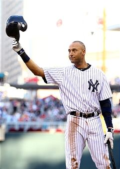Derek Jeter tips his cap in his last All Star Game