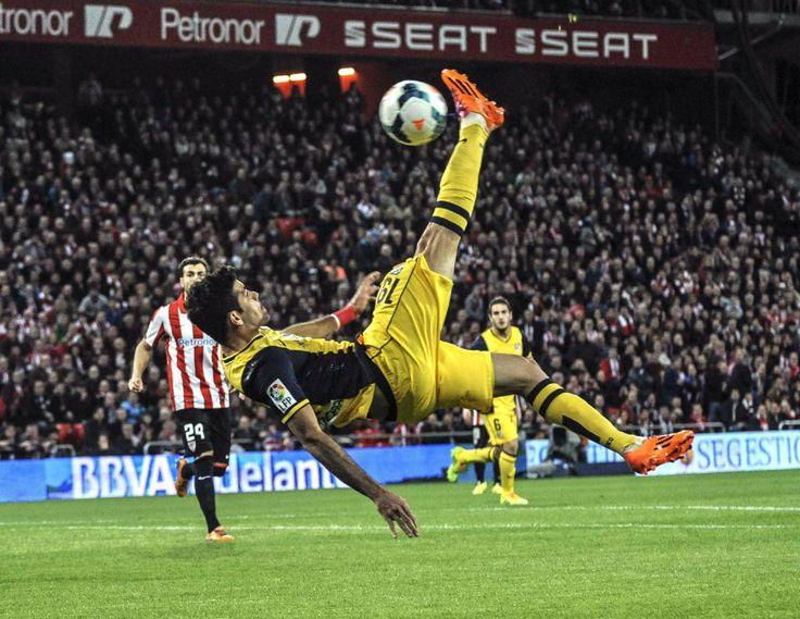Espectacular remate de Diego Cosata Atleti
