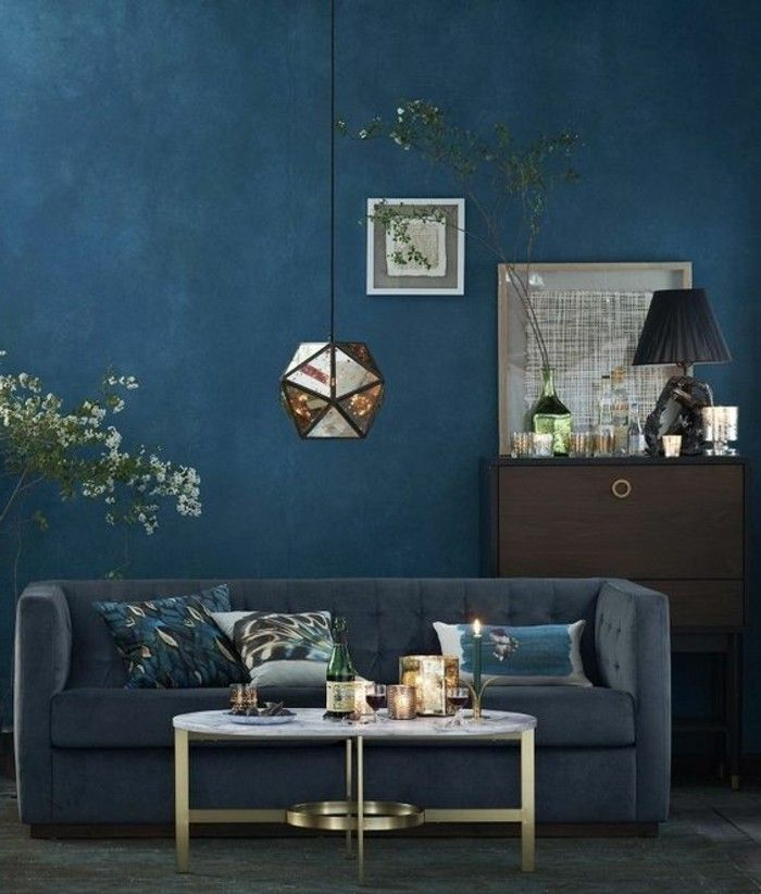 1000 id es propos de peintures bleu fonc sur pinterest salles de bains bleu fonc. Black Bedroom Furniture Sets. Home Design Ideas