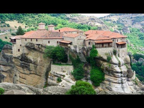 Метеоры (греч. Μετέωρα) — один из крупнейших монастырских комплексов в Греции, прославленный, прежде всего, своим уникальным расположением на вершинах скал