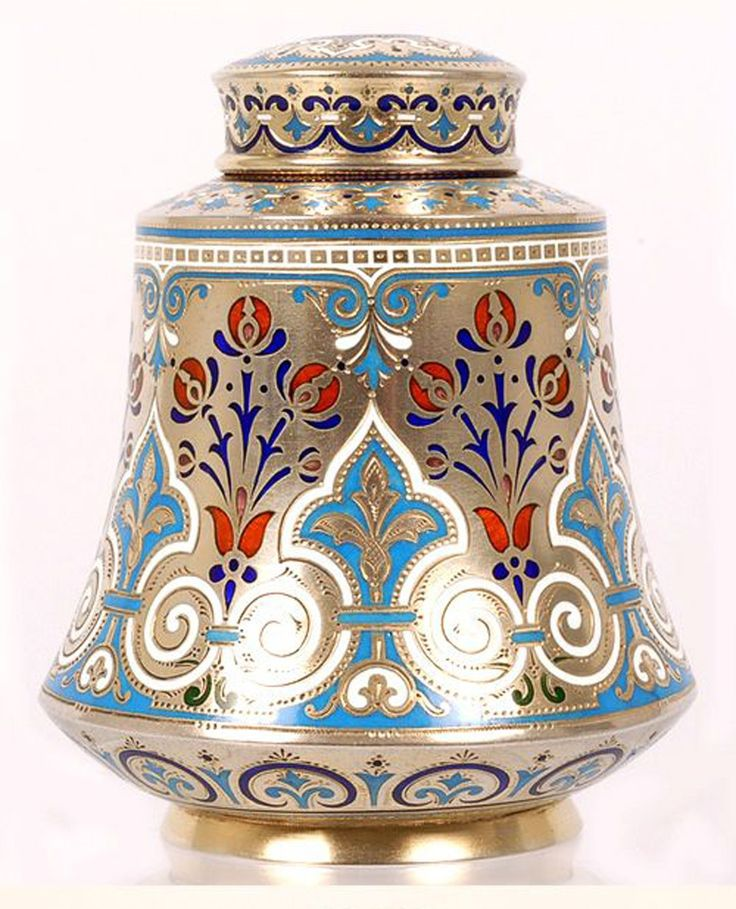 A Russian silver gilt and champleve enamel tea caddy by Antip Kuzmichev, Moscow, Circa 1896-1908.