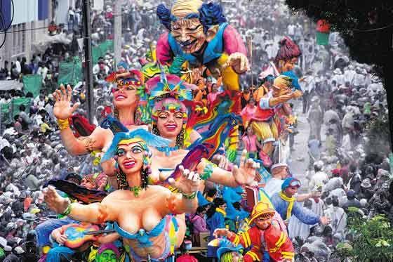 El Carnaval de Negros y Blancos, es la fiesta más grande e importante del sur de Colombia, si bien por su Indicación Geográfica le pertenece a la ciudad de San Juan de Pasto,1 también ha sido adoptada por otros municipios nariñenses y del suroccidente Colombiano. Se celebra del 2 al 7 de enero de cada año, y atrae un considerable número de turistas colombianos y extranjeros.