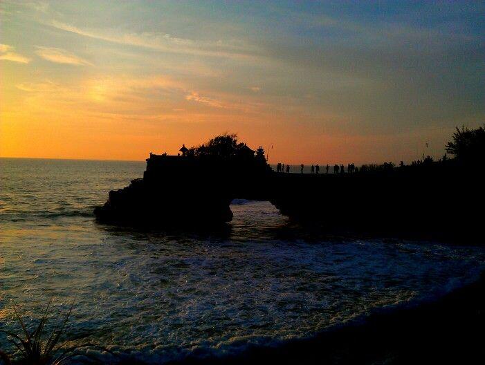Pura Batu Bolong, Tanah Lot - Bali