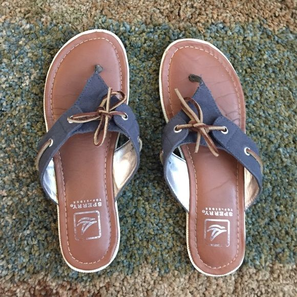 Sperry sandals Gently used dark blue Sperry sandals with bow tie Sperry Top-Sider Shoes Sandals