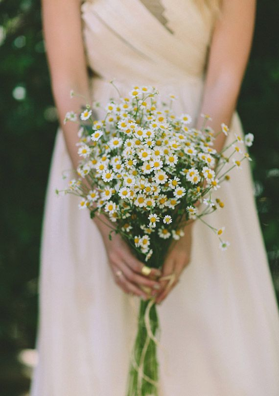 This daisy #wedding bouquet is so naturally beautiful! From http://100layercake.com/blog/2013/06/19/indie-southern-california-bohemian-wedding-paige-keith/  Photo Credit: http://jennymarkham.tumblr.com/