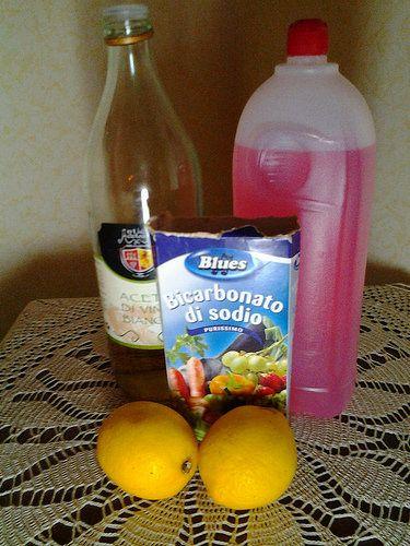 Come fare in casa il detersivo naturale per i piatti