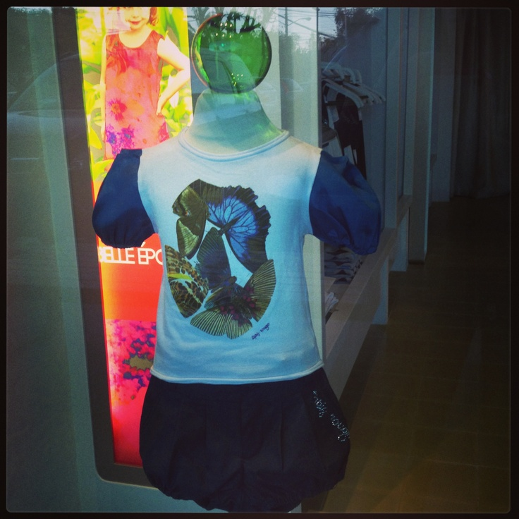 Playera con mangas de chantu. www.belleepoque.mx