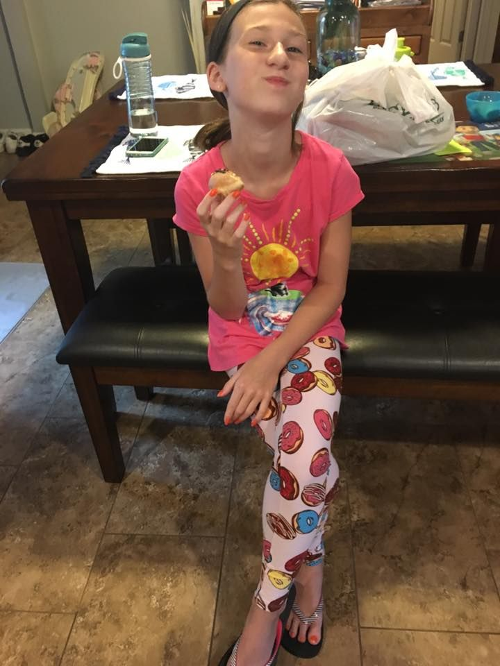Eating donuts in her LuLaRoe Donut leggings  Join my VIP and shop! facebook.com/groups/shoplularoestaceygulmire