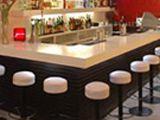 Vitrinas de tapas para la barra de un bar