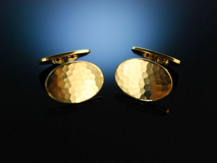 Gentleman Style Cufflinks! Vintage Manschettenknöpfe mit Hammerschlag Dekor, Silber 835 vergoldet, um 1950, eleganter klassischer Schmuck für Herren bei Die Halsbandaffaire München