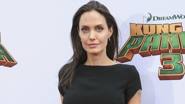 Angelina Jolie received a desperate plea from Zahara's biological mother