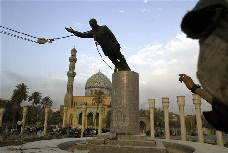 This Day on TODAY in 2003: Saddam Hussein statue topples - TODAY.com