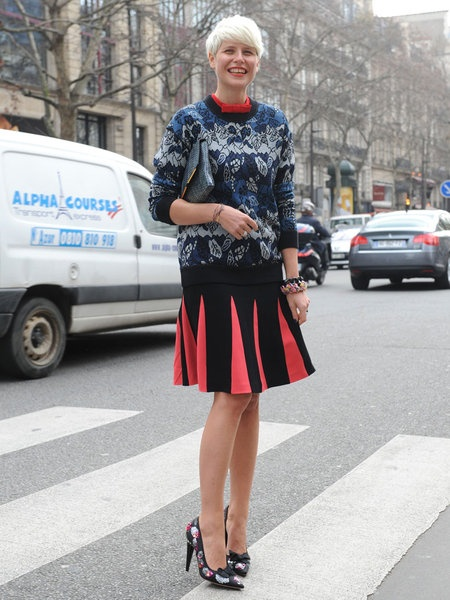 The same color pattern repeated with the skirt and the bracelet.