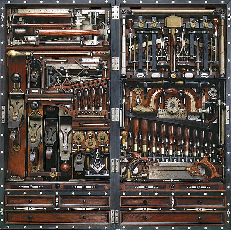 I've never seen anything like it.  Amazing tool chest  tools.