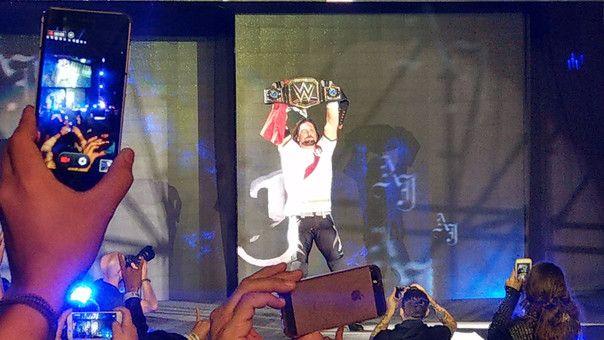 WWE EN LIMA 30 NOVIEMBRE: AJ STYLES RETIENE TÍTULO ANTE JINDER MAHAL