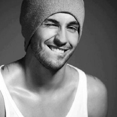 I'm obsessed when a guy can pull off a beanie.