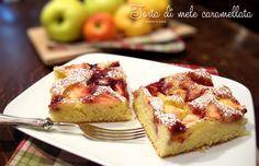 Una torta di mele un po' diversa dalle solite, morbida, umida e dolcissima.