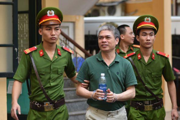Nguyên TGĐ Oceanbank khai đưa hết tiền cho Ninh Văn Quỳnh - Tin tức Việt Nam - Đọc Báo Online - Tin tức mới nhất 24h qua