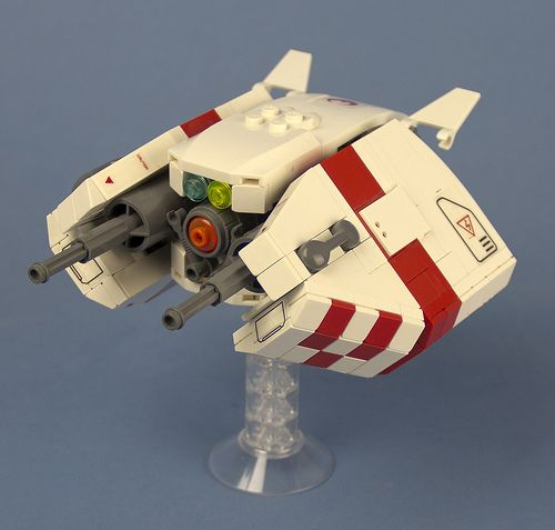 Such a swooshable LEGO space fighter