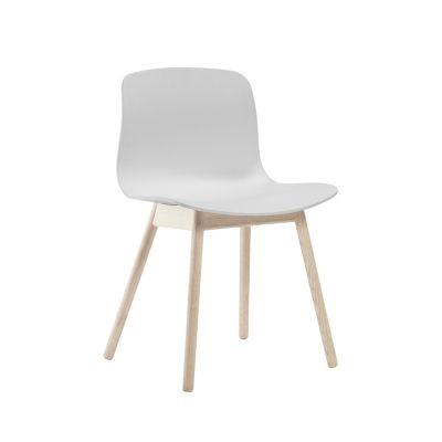 HAY ABOUT A CHAIR AAC 12 disponible chez Silvera-Eshop, spécialiste du mobilier design.