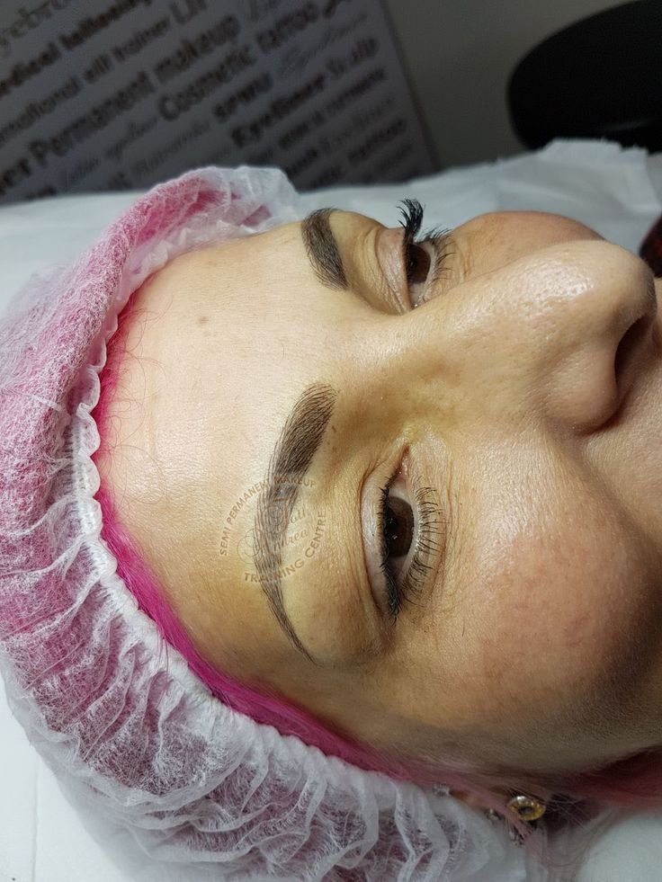 Hairstroke eyebrows permanent makeup by Andrea Toth Training Academy