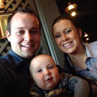 Anna Duggar Pregnant! Josh Duggar And Wife Of 19 Kids And Counting Expecting 4th Child | OK! Magazine