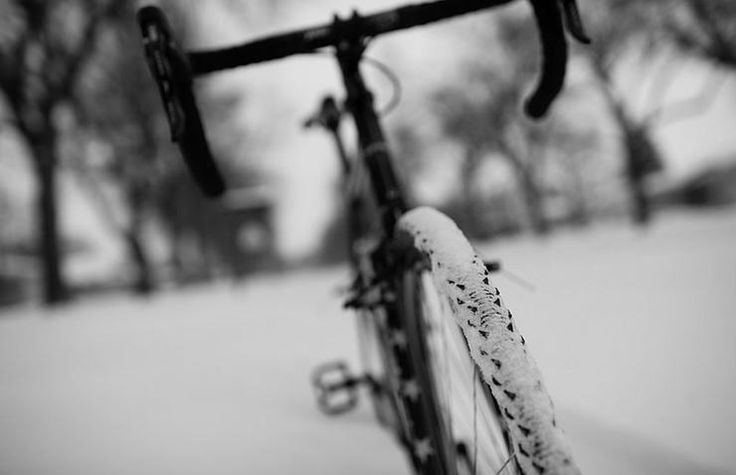 ​Don't Miss Out on Winter Cycling http://www.bicycling.com/training/tips/9-dos-and-donts-of-winter-cycling
