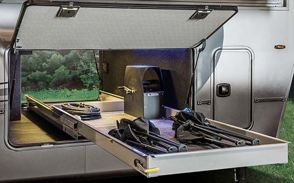 5Th Wheel Campers >> Luxe Full Time Fifth Wheel | Luxury Fifth Wheel RVs | Augusta RV | Camping, campers, gear, etc ...