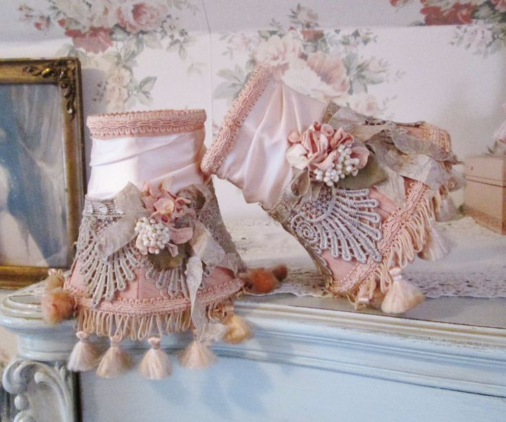 232 best romanticshabby shic and vintage lampshades for Vintage shabby chic lighting