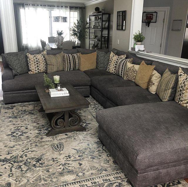 Braelyn 4 Pc Microfiber Sectional Sofa In 2020 Microfiber Sectional Sofa Microfiber Sectional Leather Couches Living Room