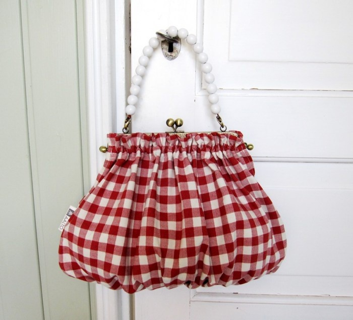 checkered red & gathered fabric + white beads as purse handle.