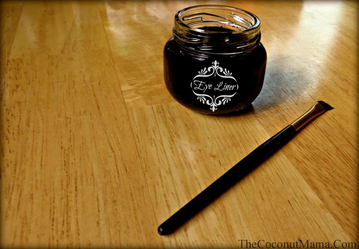 Homemade Eye Liner!   •2 teaspoons coconut oil  •4 teaspoons aloe vera gel  •1 – 2 capsules of activated charcoal (for black) OR ½ tsp cocoa powder (for Brown)  Thoroughly mix all ingredients. And store in an airtight container.