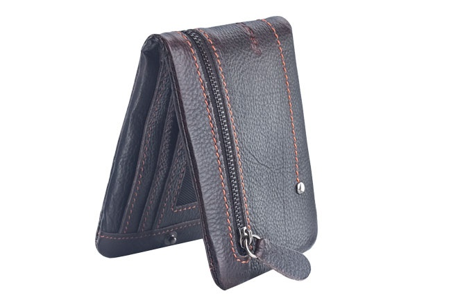 Bi-fold wallet in cow milled leather with coin pocket detail. Wallets from Fastrack http://www.fastrack.in/product/c0319lbr01/?filter=yes=india=9=4&_=1334231927426