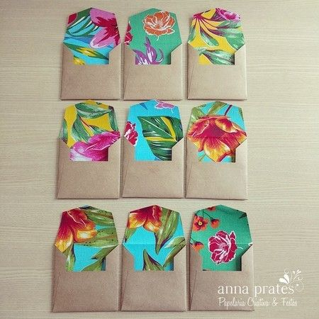 Envelopes Kraft com forros de Chita - med. 12,5x12,5cm