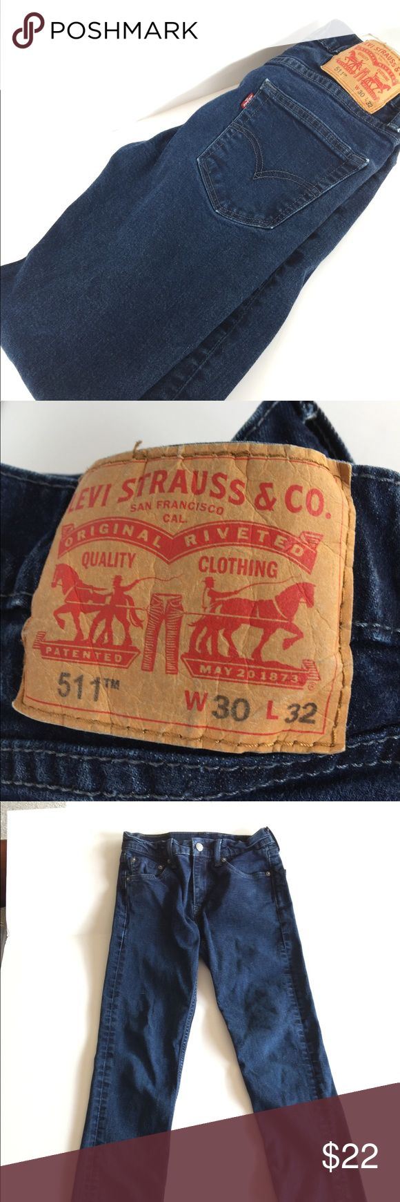 Levi's 511 Slim Fit Jeans 30x32 Men's/Boys Excellent used men's/boys Levi's 511 slim fit denim jeans size 30 x 32.  No stains, rips or holes and in like new condition. Levi's Jeans Slim