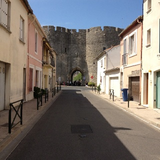 Living with in the city walls: Aigues -Mortes