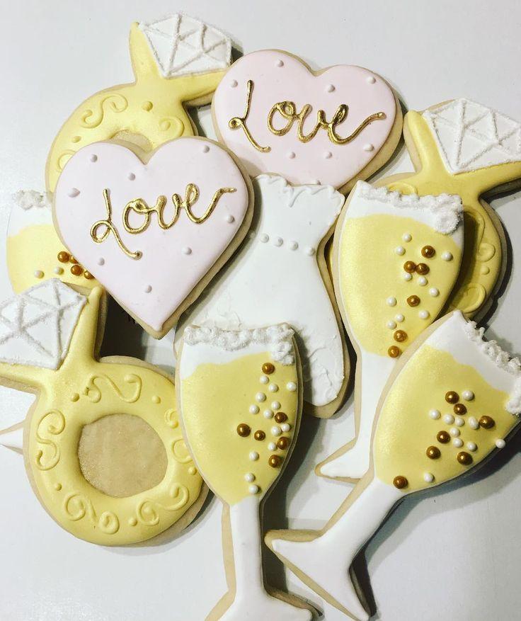 Bubbly and brunch bridal shower!. . . . #decoratedcookies #decoratedsugarcookies... - http://www.wedding.positivelifemagazine.com/bubbly-and-brunch-bridal-shower-decoratedcookies-decoratedsugarcookies/ https://scontent.cdninstagram.com/t51.2885-15/e35/14295310_354128414976586_1944811381_n.jpg?ig_cache_key=MTM0MDExMjc4Njc3MjE5MTg3OQ%3D%3D.2 %HTAGS