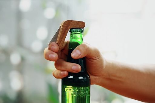 Smart Bottle Openers - These Unique Bottle Openers Share Your Drinking Status with Friends (GALLERY)