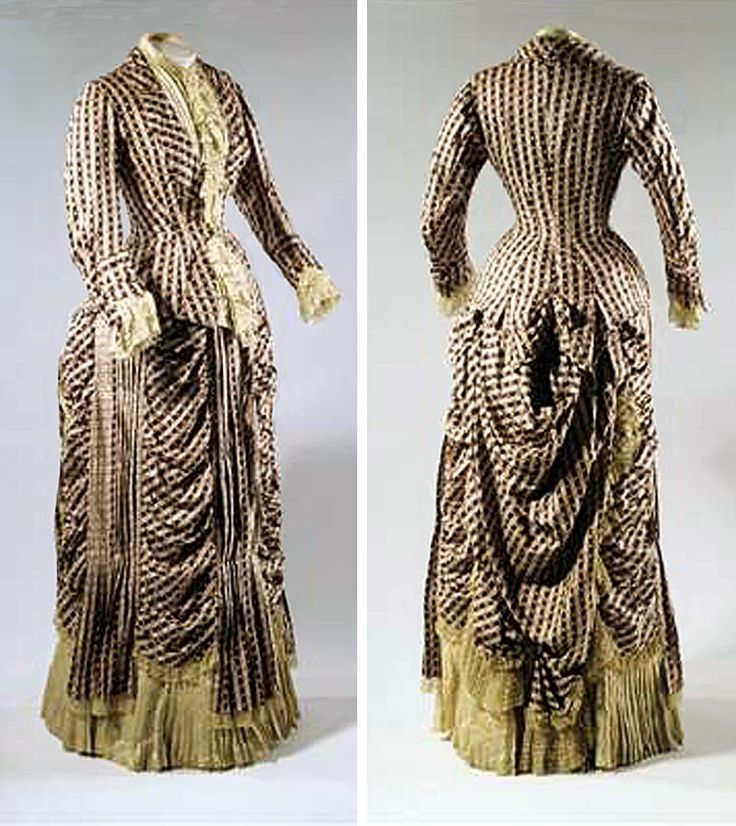 Dress, Baden, Germany, ca. 1875-80. Lace and silk. Badisches Landesmuseum, Karlsruhe