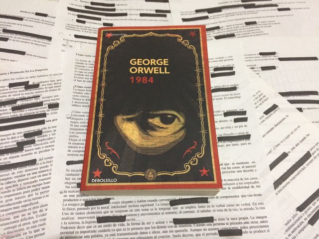 The bookcase of two little bookworms: 1984 - George Orwell - Book Review