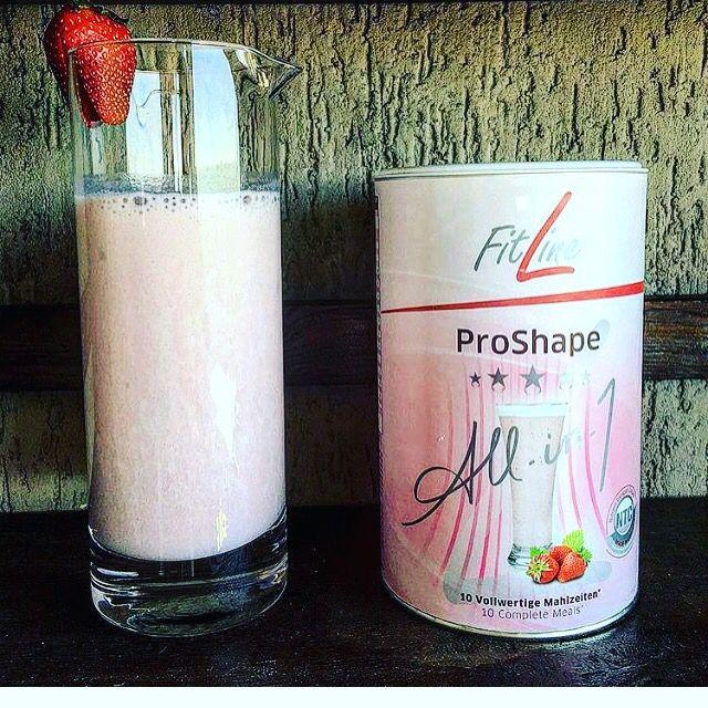 Proshape alla fragola  Proshape strawberry   Dimagrire con gusto!  Per info e ordini contattatemi su instagram @sceglidiviveresano