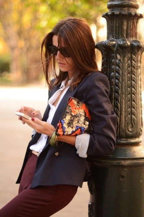 Chillin: Work Looks, Navy Blazers, Street Style, Navy Dresses Pants Outfits, Casual Blazers, Work Outfits, Bags, Burgundy Pants, Work Tuesday
