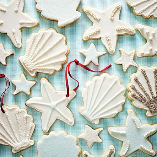 Beach Christmas Cookie Recipe: http://beachblissliving.com/beach-cookies-christmas/ Hang some on the tree..., and incorporate into a tablescape.