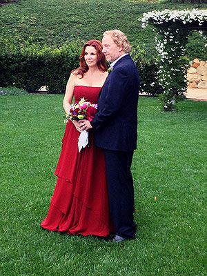 Melissa Gilbert Weds Timothy Busfield - in red! Love non white wedding dressed brides!