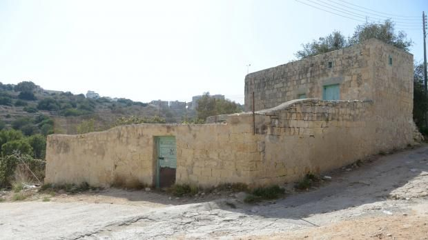 A week after the rejection of a controversial retirement home in Wied Għomor, the Planning Authority has approved a residential development in another part of the valley, despite local councils' objections. The application, approved by the PA board on Thursday, will redevelop an existing...